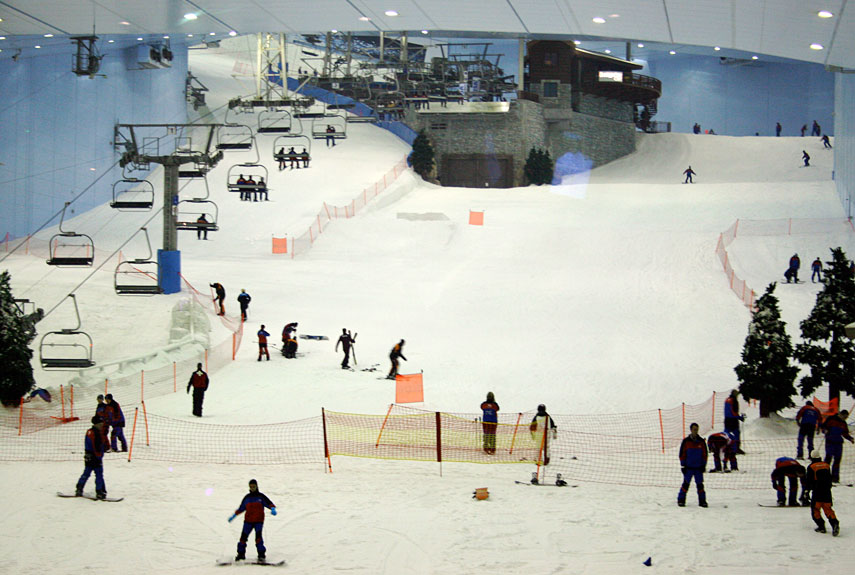 snowcomparison.com + strangest ski resorts in the world