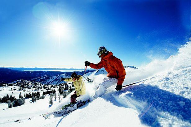 Snowcomparison.com + SkyLynx ski app